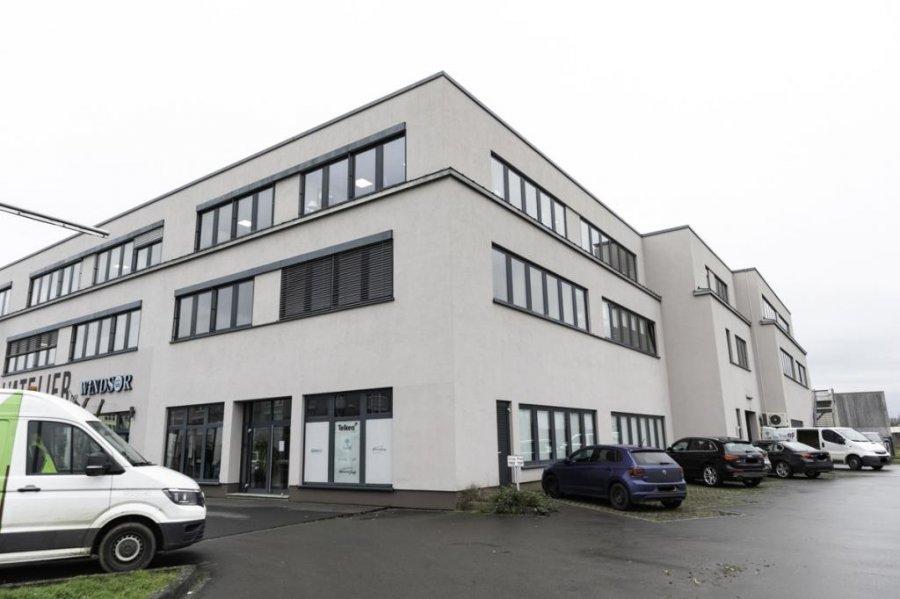 louer bureau 0 chambre 1400 m² bertrange photo 1
