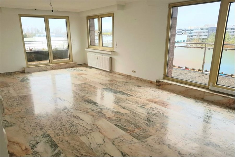 penthouse for rent 2 bedrooms 95 m² strassen photo 1
