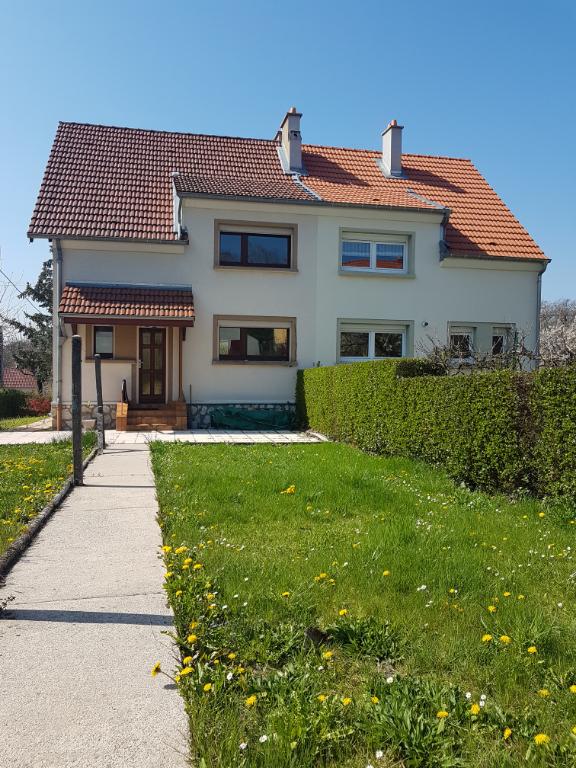 louer maison 4 pièces 90 m² faulquemont photo 1