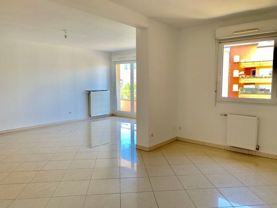 louer appartement 4 pièces 91.9 m² metz photo 2