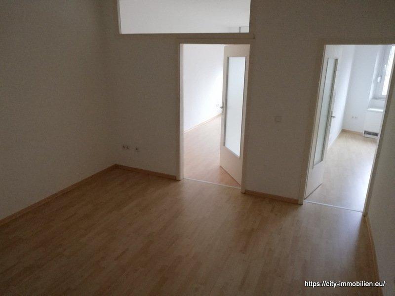 wohnung mieten 3 zimmer 56 m² trier foto 1