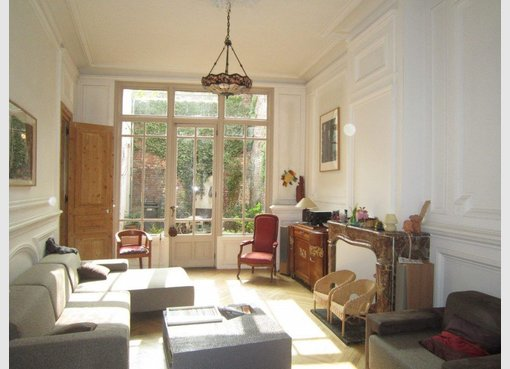 vente maison 9 pi ces valenciennes nord r f 3918077. Black Bedroom Furniture Sets. Home Design Ideas
