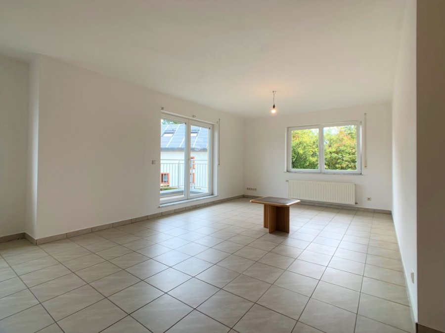 louer appartement 2 chambres 85.53 m² boulaide photo 3