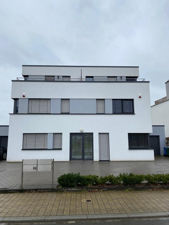 louer bungalow 4 chambres 175 m² capellen photo 2