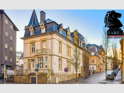 Townhouse for sale 6 bedrooms in Luxembourg-Limpertsberg - Ref. 6275870