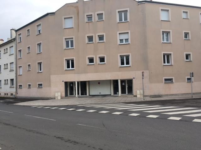 Garage ouvert à vendre à Quartier Saint François