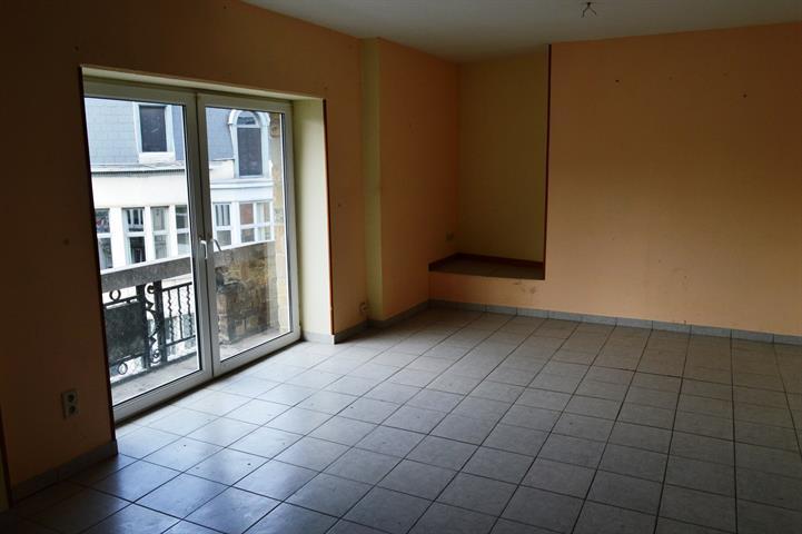 louer appartement 2 pièces 90 m² dinant photo 5