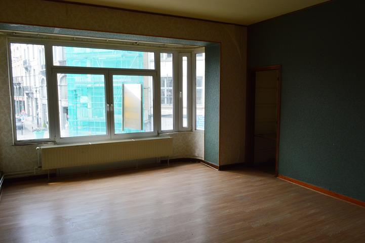 louer appartement 2 pièces 90 m² dinant photo 4