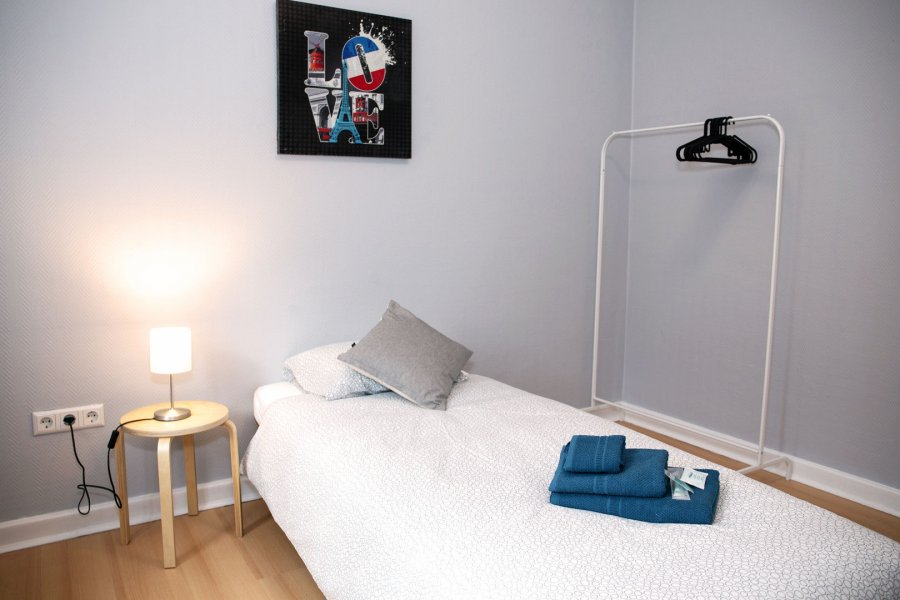 louer chambre 8 chambres 10 m² bereldange photo 2