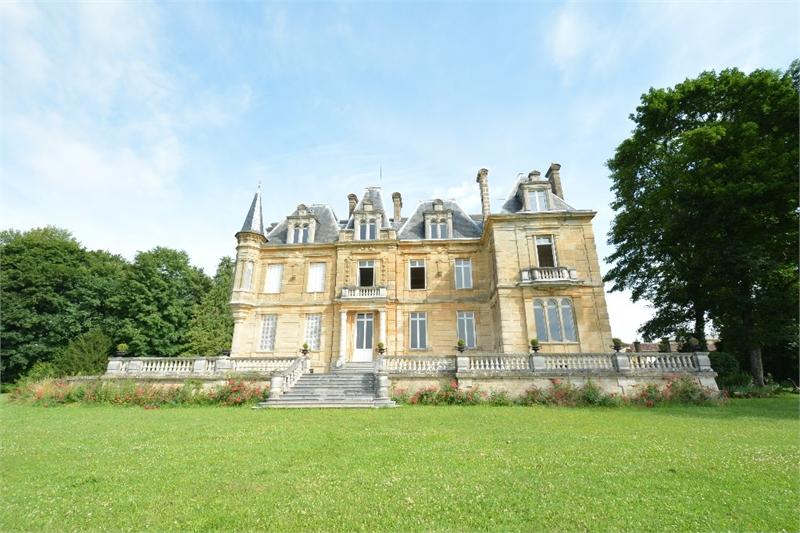 acheter château 23 pièces 733 m² montmédy photo 1