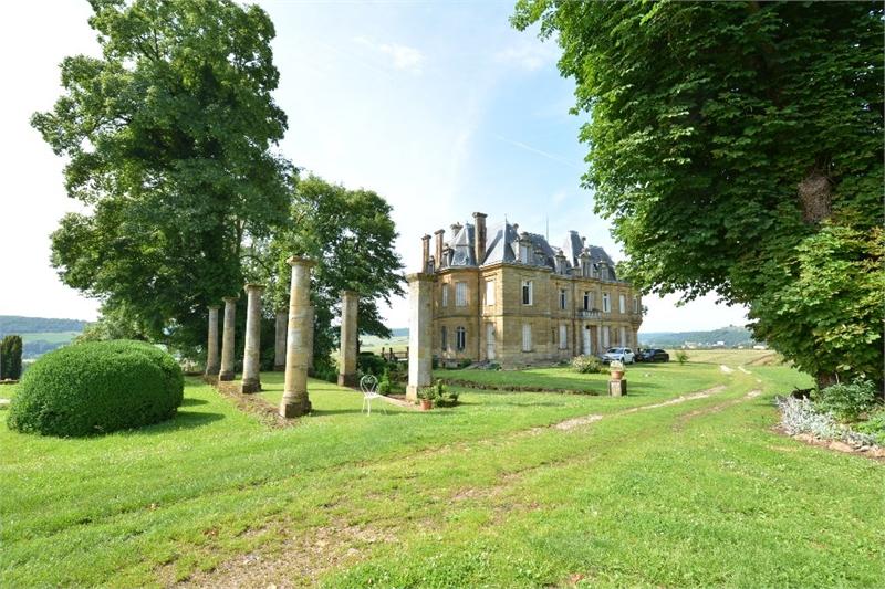 acheter château 23 pièces 733 m² montmédy photo 2