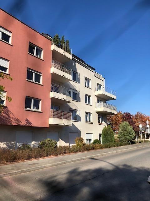 Garage ouvert à louer à Luxembourg-Kirchberg