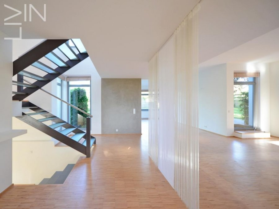 louer maison mitoyenne 4 chambres 220 m² nospelt photo 3