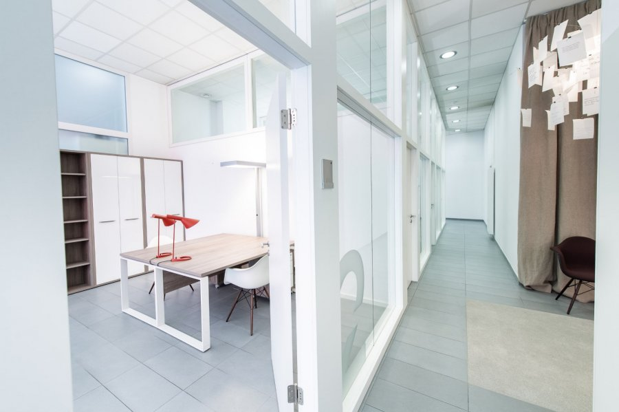 louer bureau 0 chambre 10 m² luxembourg photo 3