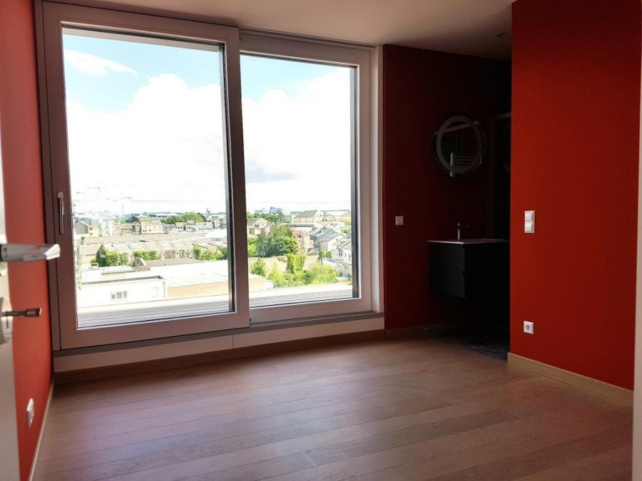 louer penthouse 0 chambre 120 m² luxembourg photo 4