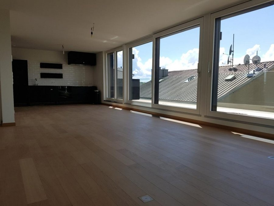 louer penthouse 0 chambre 120 m² luxembourg photo 1