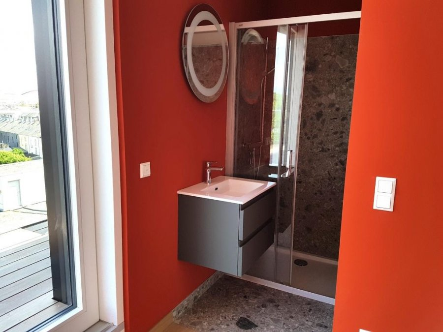 louer penthouse 0 chambre 120 m² luxembourg photo 5