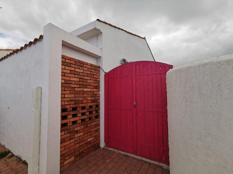 acheter maison 4 pièces 110 m² le fenouiller photo 2
