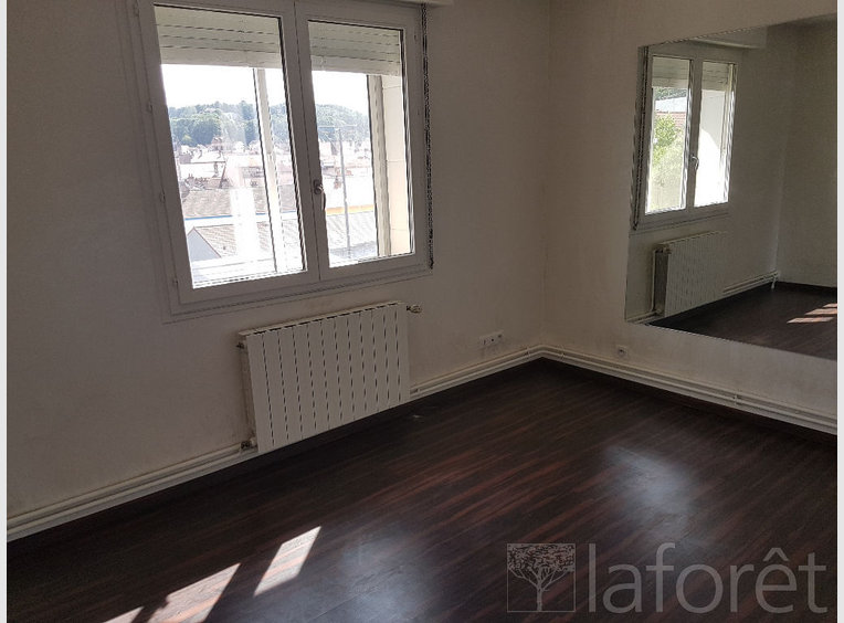 Vente appartement f5 pinal vosges r f 5519710 for Appartement atypique epinal