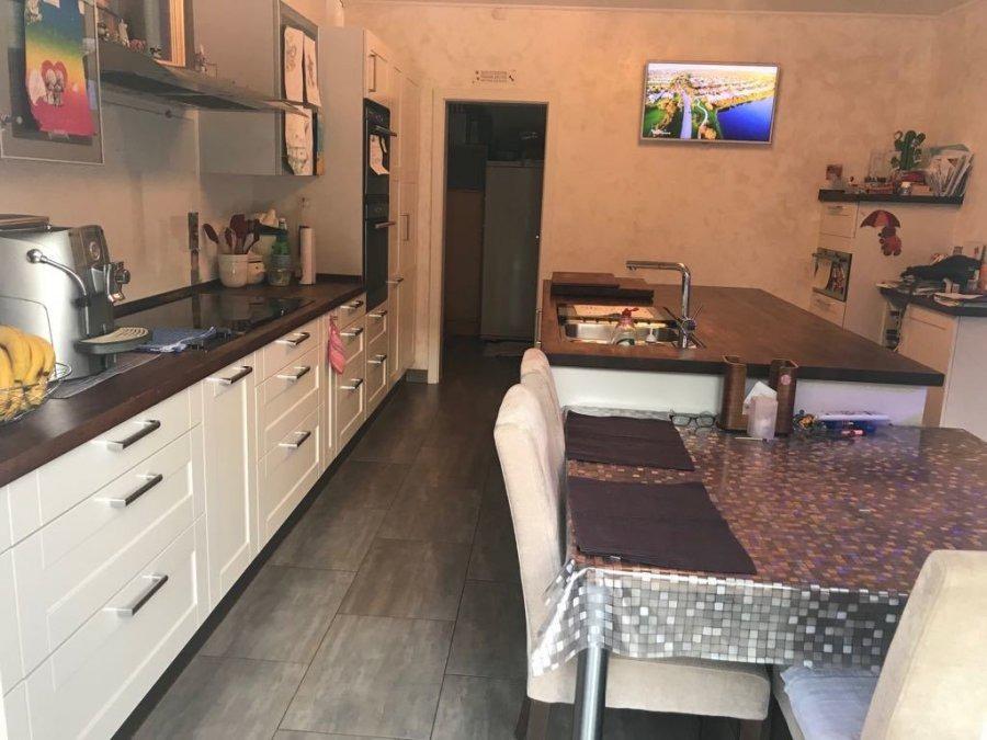 Villa à vendre 5 chambres à Bascharage