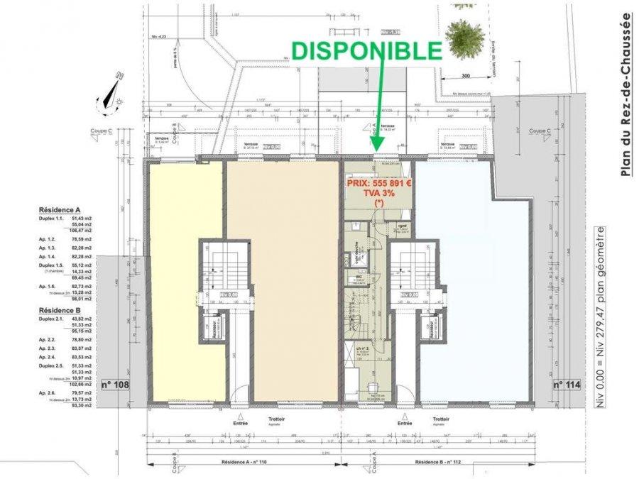 Votre agence IMMO LORENA de Pétange vous propose dans une résidence contemporaine en future construction de 8 unités sur 3 niveaux située à Pétange, 110, route de Luxembourg, Un duplex renversé de 95.15 m2 décomposé de la façon suivante:  RDCH: - Un hall de nuit - Une chambre de 13,86 m2 donnant accès a la terrasse de 19,33 m2 - Deuxième chambre de 10,02 m2 - Un coin de rangement de 1,30 m2 - Un WC séparé de 1,39 m2 - Salle de douche de 3,34 m2  PREMIER ETAGE: - Hall d'entrée  - Une  cuisine séparée de 15,86 m2 - Un WC séparé de 1,39 m2 - Un salon de 18,14 m2 donnant accès a la terrasse de 6,25 m2   - Une cave privative, un emplacement pour lave-linge et sèche-linge au sous sol. Possibilité d'acquérir un emplacement intérieur (28.840 €)TTC 3%  Cette résidence de performance énergétique AB construite selon les règles de l'art associe une qualité de haut standing à une construction traditionnelle luxembourgeoise, châssis en PVC triple vitrage, ventilation double flux, radiateurs, video - parlophone, etc... Avec des pièces de vie aux beaux volumes et lumineuses grâce à de belles baies. Ces biens constituent entres autre de par leur situation, un excellent investissement. Le prix comprend les garanties biennales et décennales et une TVA à 3%. Livraison prévue juin 2022.  1,5% du prix de vente à la charge de la partie venderesse + 17% TVA Pas de frais pour le futur acquéreur  À VOIR ABSOLUMENT!  Pour tout contact: Joanna RICKAL: 621 36 56 40  Vitor Pires: 691 761 110  Kevin Dos Santos: 691 318 013  L'agence Immo Lorena est à votre disposition pour toutes vos recherches ainsi que pour vos transactions LOCATIONS ET VENTES au Luxembourg, en France et en Belgique. Nous sommes également ouverts les samedis de 10h à 19h sans interruption.