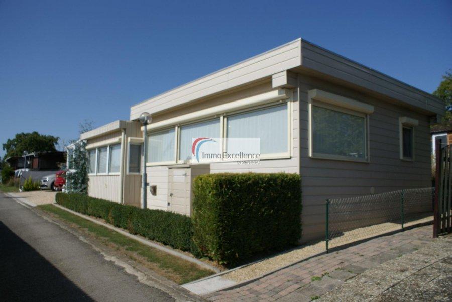 Châlet à vendre 2 chambres à Berdorf