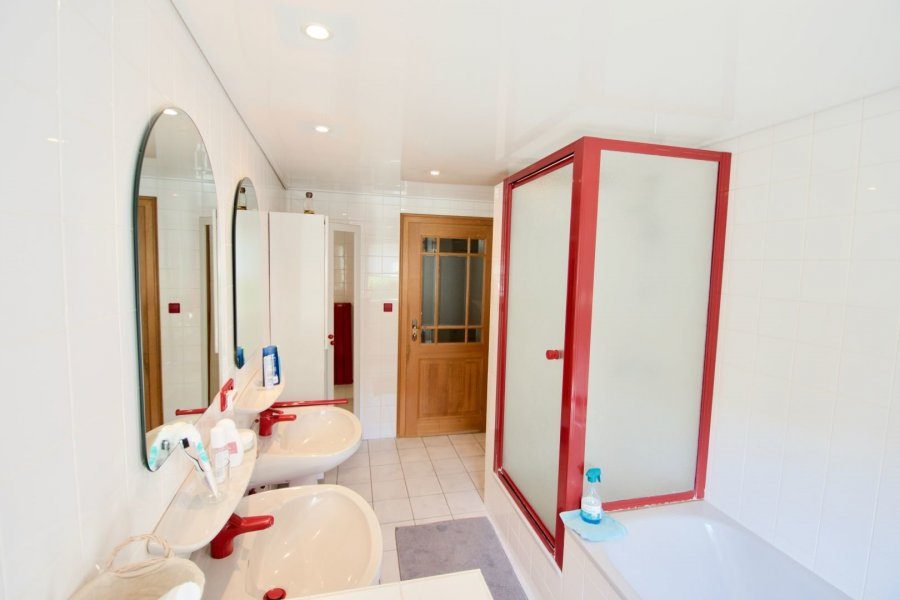 acheter maison jumelée 5 chambres 210 m² vichten photo 3