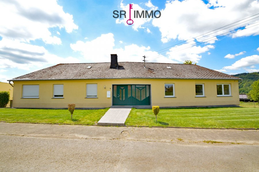haus kaufen 15 zimmer 340 m² wiersdorf foto 3
