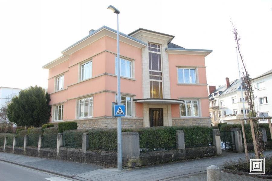 villa mieten 5 schlafzimmer 0 m² luxembourg foto 1
