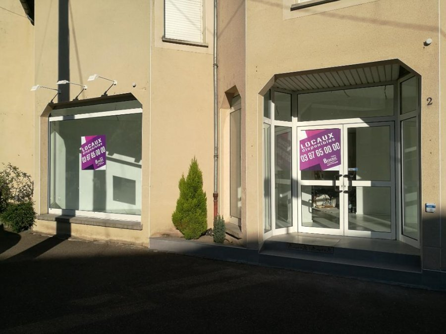 louer local commercial 3 pièces 75 m² metz photo 1