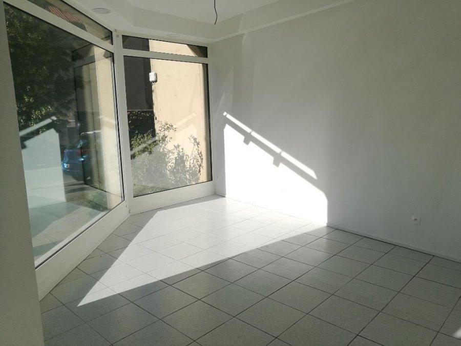 louer local commercial 3 pièces 75 m² metz photo 3