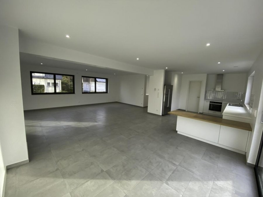 louer maison individuelle 4 chambres 237.33 m² bridel photo 5