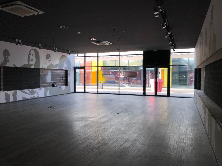 louer local commercial 0 pièce 196 m² metz photo 1