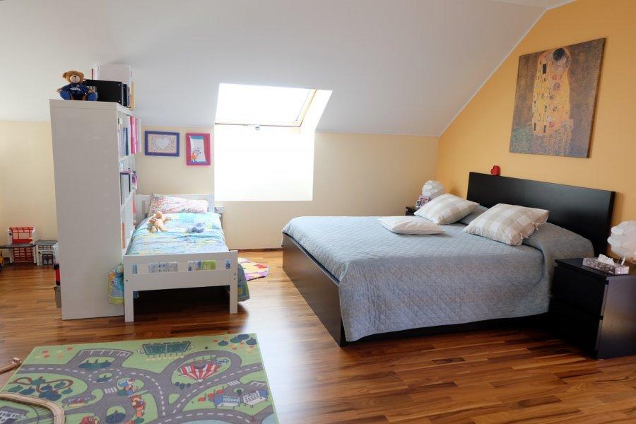 Maison jumelée à louer 4 chambres à Mamer