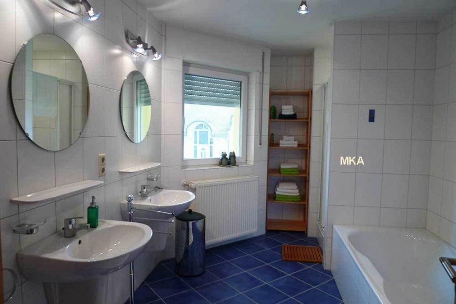 louer maison jumelée 4 chambres 246 m² bertrange photo 3
