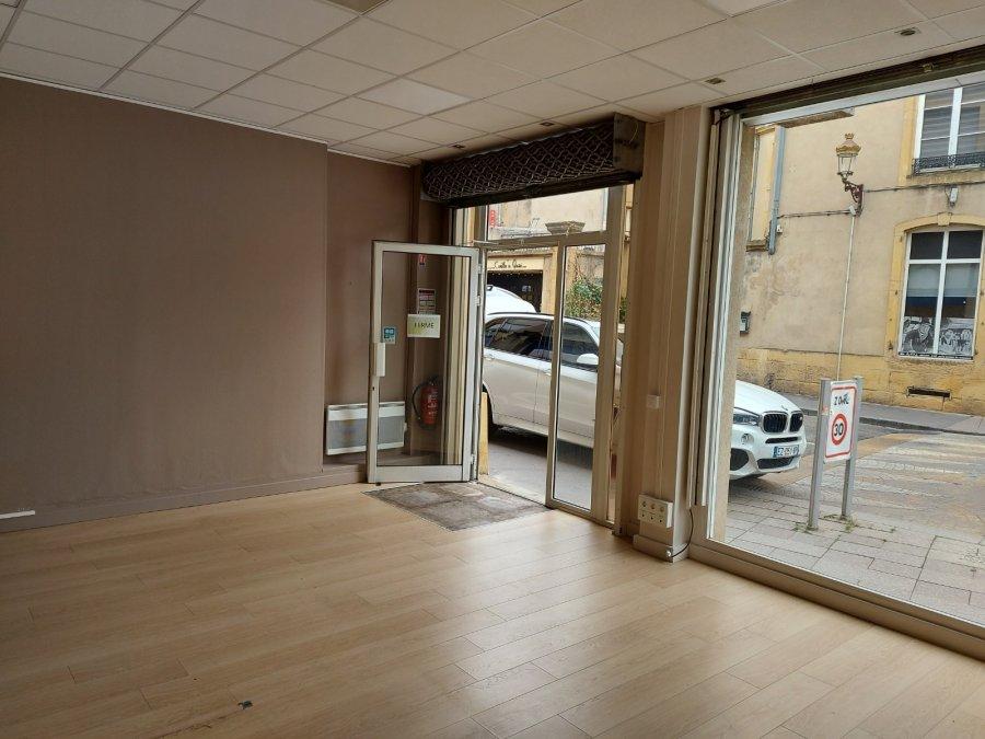 louer local commercial 0 pièce 53 m² metz photo 3
