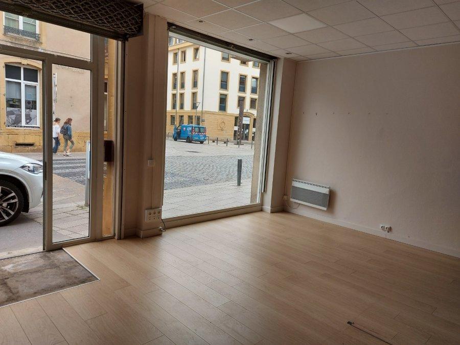 louer local commercial 0 pièce 53 m² metz photo 4