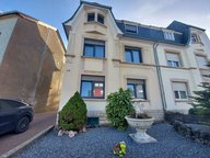 House for sale 4 bedrooms in Dudelange - Ref. 7190222