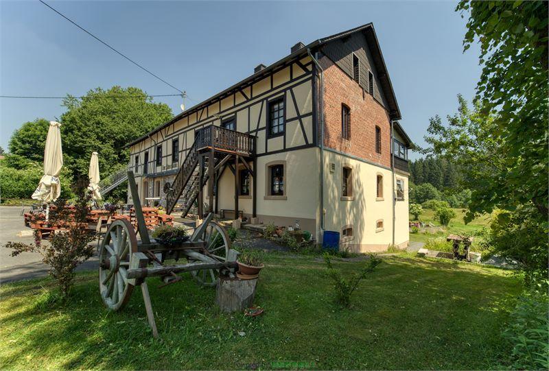 haus kaufen 25 zimmer 600 m² börfink foto 2