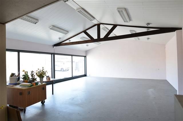 louer bureau 0 pièce 200 m² virton photo 3