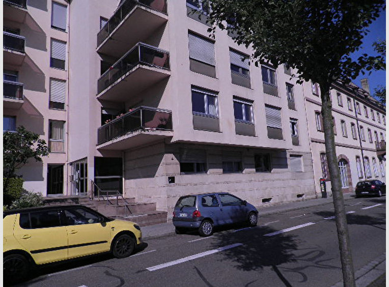 Location garage parking strasbourg bas rhin r f for Garage 2001 strasbourg