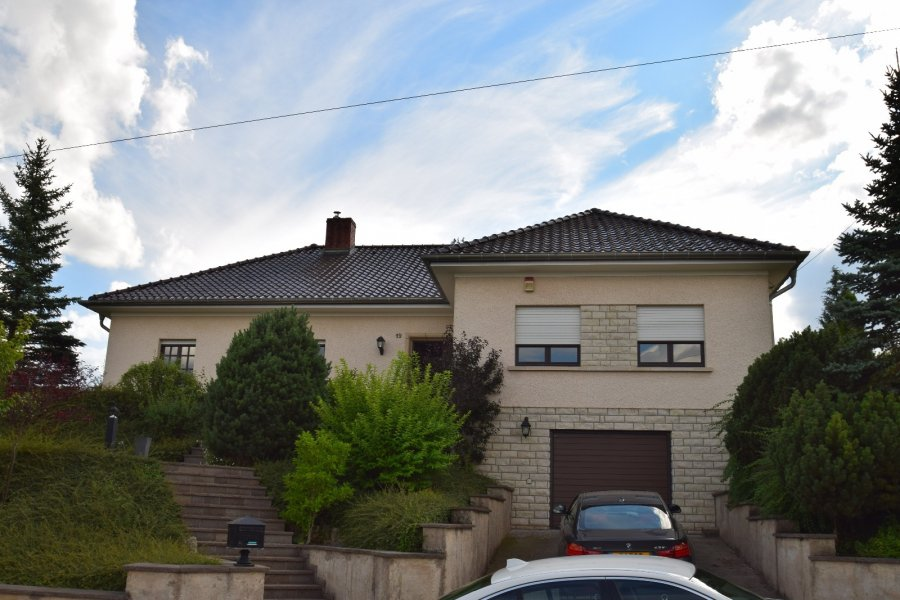 Maison à louer 4 chambres à Biwer