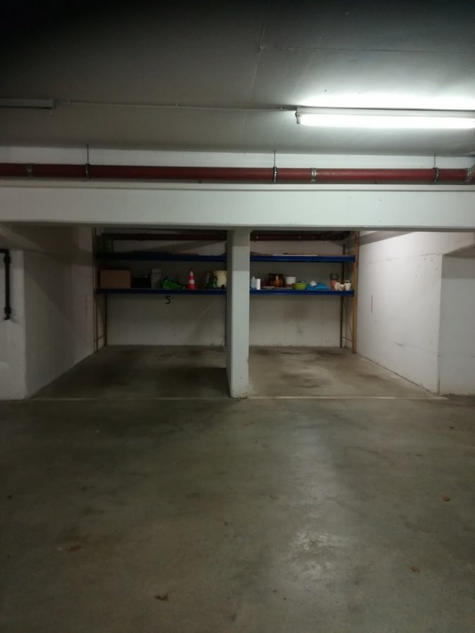 Garage fermé à louer à Luxembourg-Limpertsberg