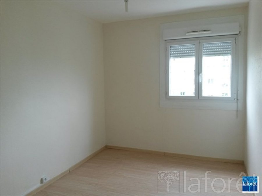 louer appartement 3 pièces 60 m² vandoeuvre-lès-nancy photo 3