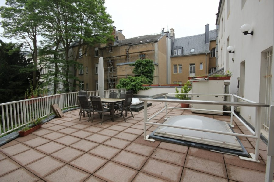 louer immeuble de rapport 0 chambre 700 m² luxembourg photo 2
