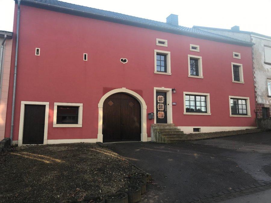 acheter corps de ferme 14 pièces 210 m² perl photo 1