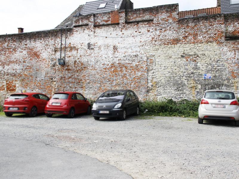 louer garage ouvert 0 pièce 0 m² nivelles photo 3