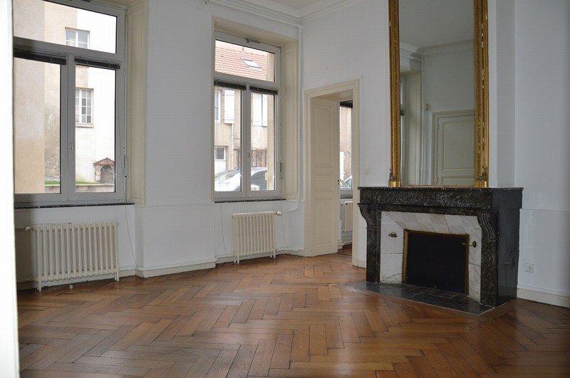 louer local commercial 0 pièce 200 m² nancy photo 1