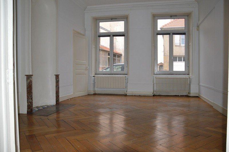 louer local commercial 0 pièce 200 m² nancy photo 2