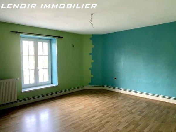 Appartement à louer 2 chambres à Aulnois-sur-seille